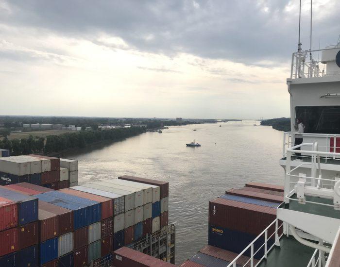 Sperrung der Elbe