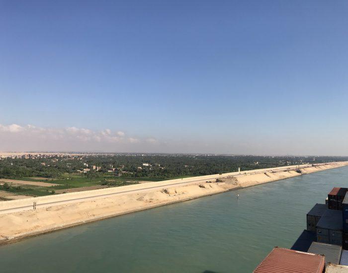 Blick auf die ägyptische Seite des Suez-Kanals
